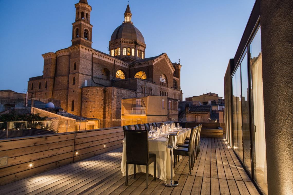 Alba palace favara agrigento vp luxury key for Design hotel sicilia