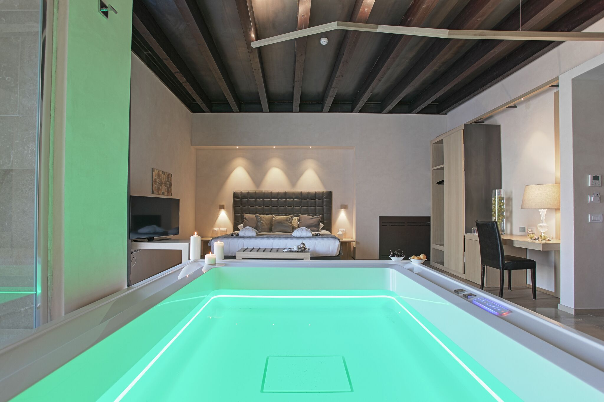 A new hotel in the heart of authentic sicily between for Design hotel sicily